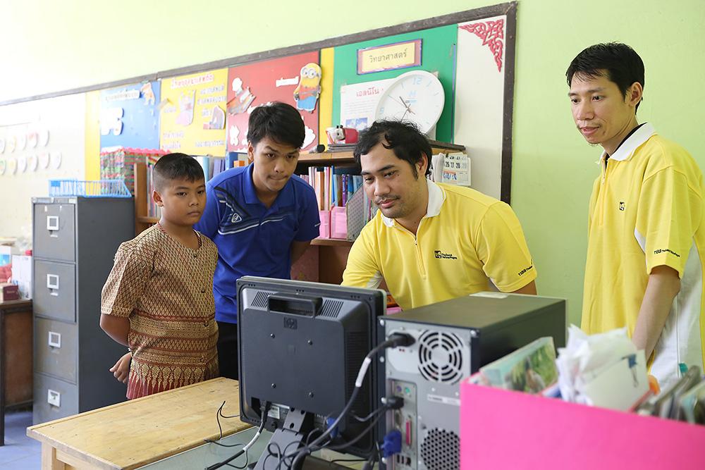บมจ. เทเลอินโฟ มีเดีย สนับสนุนเครื่องคอมพิวเตอร์ เพื่อการศึกษาให้โรงเรียนที่ขาดแคลน - รูปที่ 3