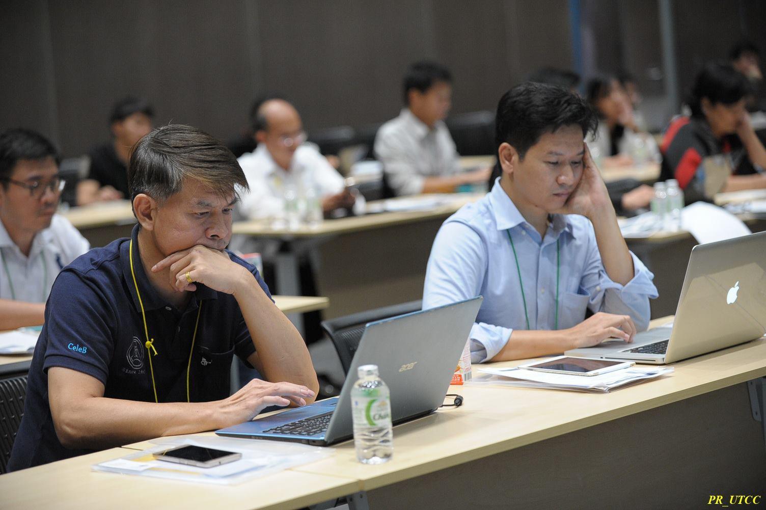 บรรยากาศการอบรบกึ่ง Workshop Alibaba ของ eTouch ร่วมกับ YellowPages